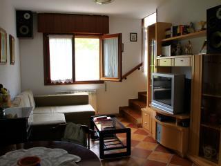 Casa adosada con jardín en Escaño, Villarcayo