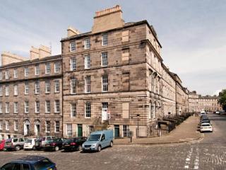 The Dundonald Apartment, Edinburgh