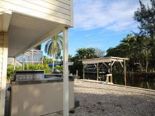 8 Pepita Street, Fort Myers Beach