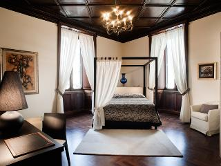 Nazionale Elegant - Giulia, Rome