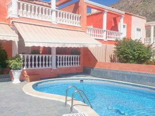 3 bedroom Villa in Los Cristianos Tenerife