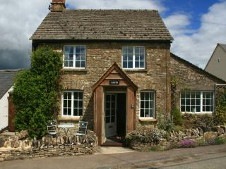 Appin Cottage, Shipton under Wychwood, Cotswolds