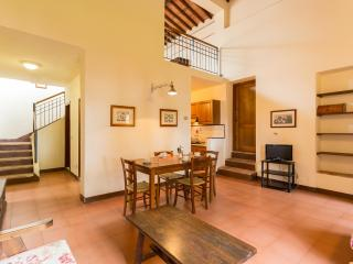 Poggio 5. Apartment with pool in the Chianti, Siena
