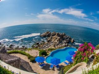 Beautiful! Exclusive! 15 bdr Oceanfront Villa!!, Puerto Vallarta