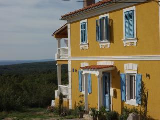 Villa-Mentha, Krk