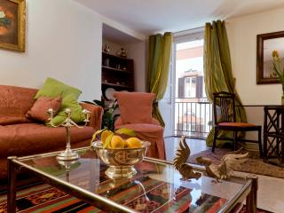 Apartment in beautiful ancient palazzo