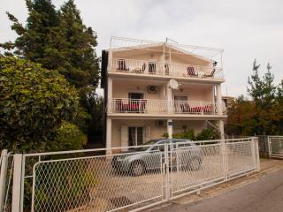 TH01600 Apartments Domazet / Two bedroom A2, Rogoznica