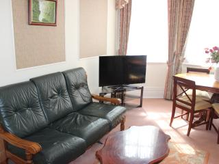 Family 2 bed apartment, London