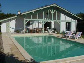 Maison  à Léon Landes, Leon