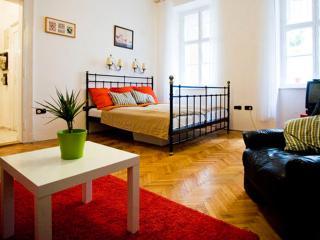 Hi5 Apartment 03, Budapest