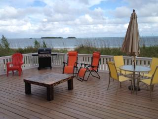 Summer Sunset Beach Cottage/FREE Golf Cart, Kayak,, Spanish Wells