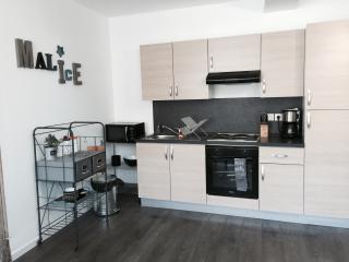 """L'appartement """"Crussol"""" T2, Bourg-les-Valence"""