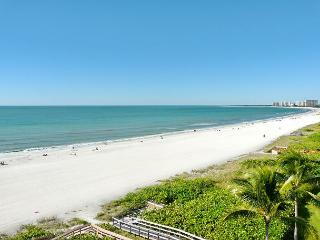Inviting beachfront condo w/ heated pool, hot tub & majestic ocean views