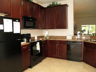 Stunning Family Condo - Free Wifi - Near Disney, Celebration