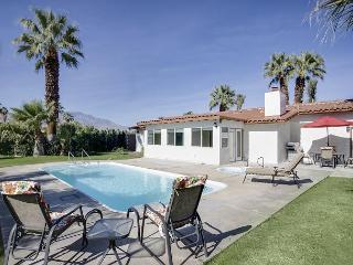 Gorgeous 3BR Poolside Home in Palm Desert