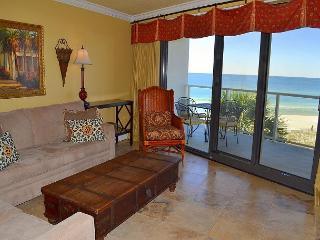 *Now thru Jan 30 OPEN!* New balcony on Gulf~Everything close by! Free tram!, Miramar Beach