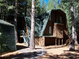 Rossi Vacation Rental - Great Tahoe Donner Location - plenty of room!, Truckee