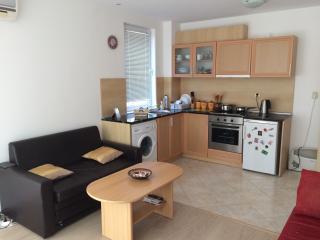 """1 bed apartment in complex """"ORANGE 2"""" - ap. 6, Sveti Vlas"""