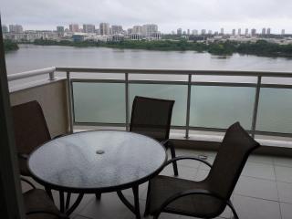 Otimo Apartamento de Temporada na Barra da Tijuca