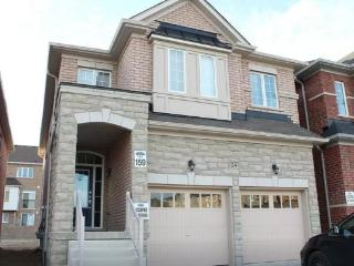 4 BDR FULL HOUSE in RICHMOND HILL, Richmond Hill