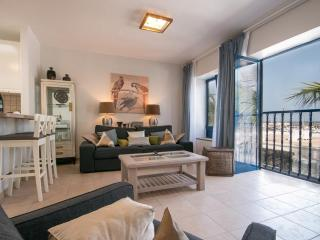 Modern Apartment Within the Marina of Pto Calero, Puerto Calero