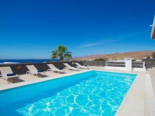 Spectacular Modern 3 Bedroom Villa, Puerto Calero