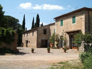 2 bedroom Villa in Colle di Val d'Elsa, Tuscany, Italy : ref 5312838