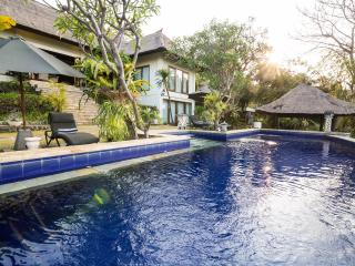 The Villa..with stunning views, Lovina Beach