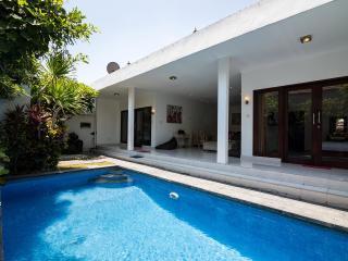 Sandalwood 2 BR Villas, Kuta