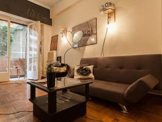 Cosy Apartment and 2 bikes!, Athene