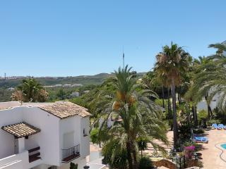 Apartment to rent Short or Long term Wifi & Sky TV, Estepona