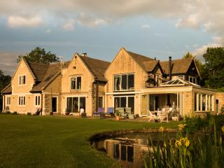 Stunning Lux Cotswold Home 7/8 Bedrooms, Cheltenham
