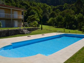 Location avec piscine á Gerês-Caniçada, Geres