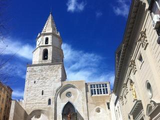 BNB JARDIN VIEUX PORT PANIER, Marsella