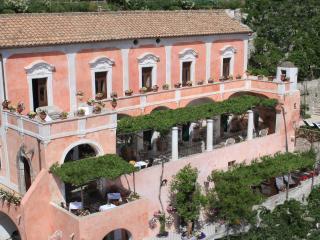 Villa degli Affreschi, Positano