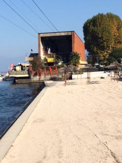 Nov 2015 - Cable car, Beach & Bar/restaurant 5 min's walk from the apartment
