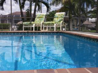 Luxury Villa Turquoise Coast, Cape Coral