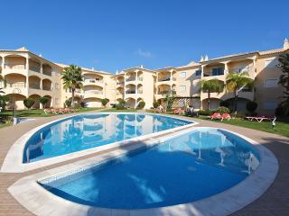 2 Bed/2 Bath at Praia Village with pool view, Vilamoura