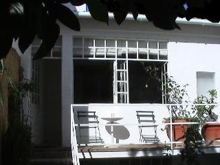 Village House in the City Center - Charm - Private, Lisbon