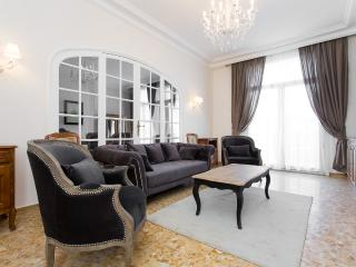 Spacieux 4 chambres appartement 504, Cannes