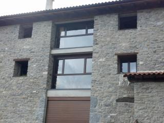 Casa de piedra, Ezkurra