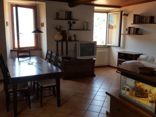 Appartamento via Riva, Nesso