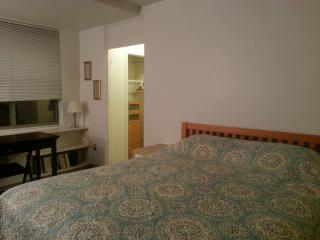 FURNISHED APARTMENT WITH CABLE / INTERNET - METRO, Arlington