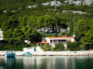 Villa Gluscevic, Klek