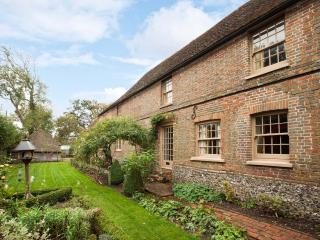 Pretty rural cottage,C15,Grade ll listed, Ninfield