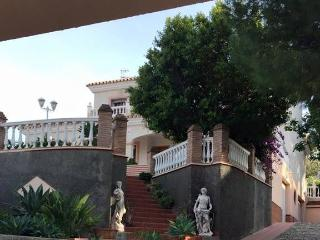 Villa Florentina - Traditional Spanish Villa