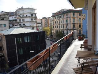 Residenza Morghen, Naples