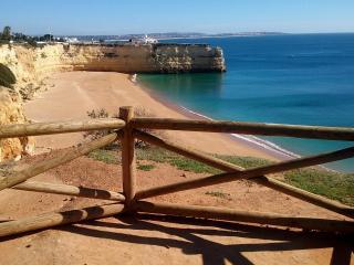 Villa nahe Strand ruhige lage in Armação de Pera, Armação de Pêra