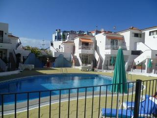 Holiday Apartment with Pool, Los Cristianos
