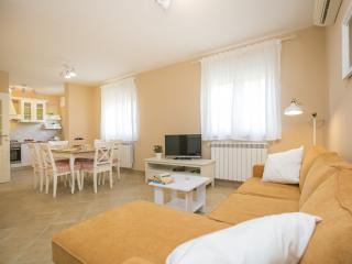 TH00670 Apartments Knapić / A2 Two bedrooms, Labin